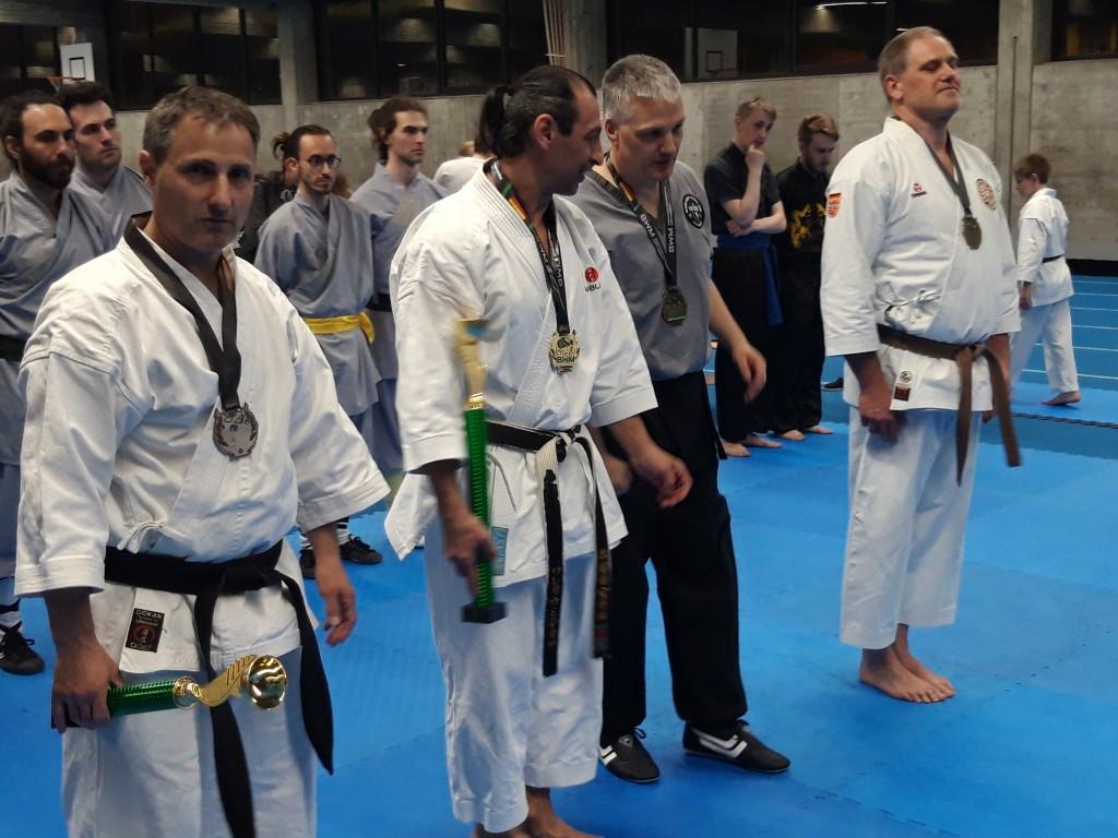 3 Klaus unter starken Meistern