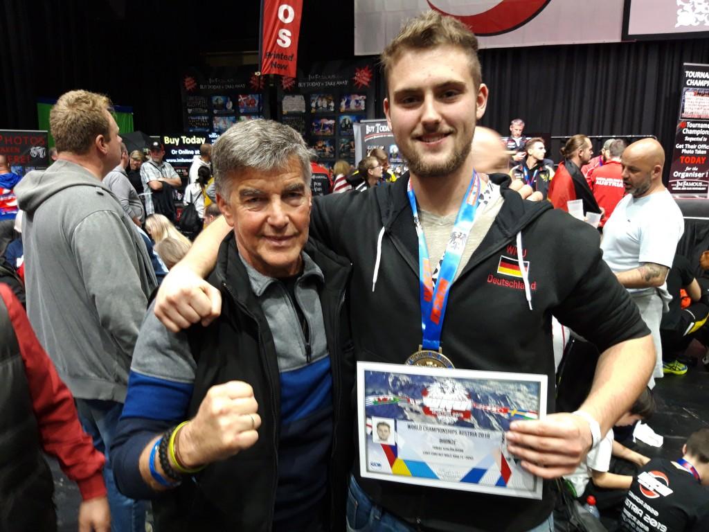 Coach u. Kämpfer